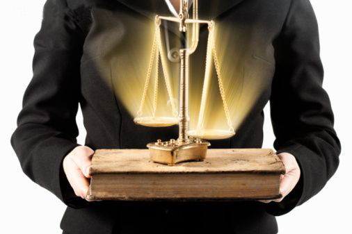 Vaga de estágio em Direito POA